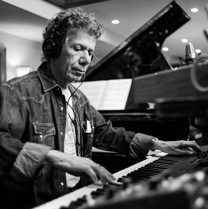 chick_corea_at_the_piano